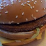 Boston had even een gratis Big Mac automaat
