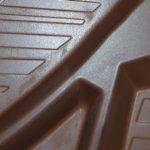 Tony Chocolonely heeft chocoladeletters met pepernoten en marsepein