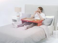 Pizza eten in bed
