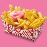 Roze fritessaus bij Smullers ter ere van Pride Amsterdam