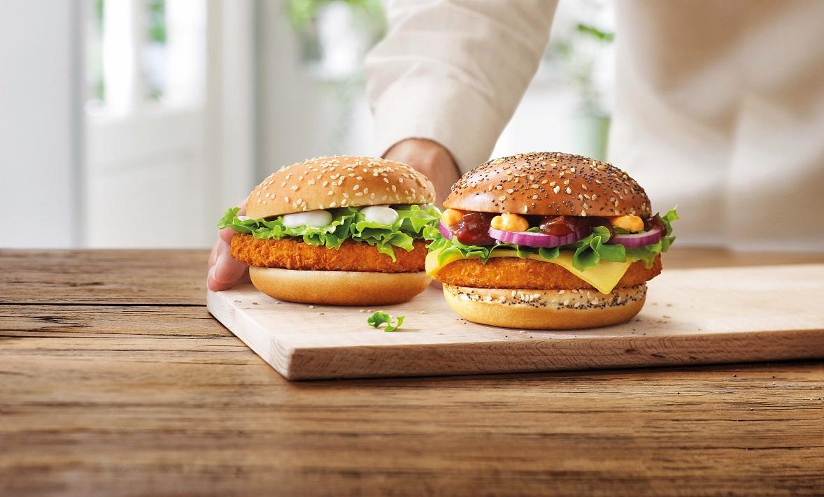 Twee vegetarische burgers verkrijgbaar bij McDonalds