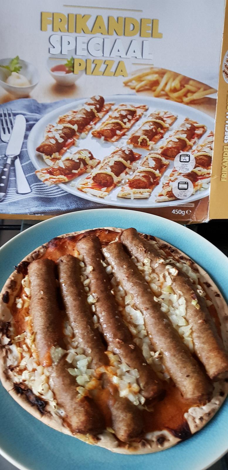 LIDL Frikandel Speciaal pizza
