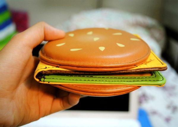 Cheeseburger portemonnee zijkant