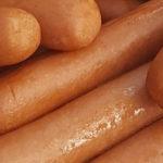 Eetkampioen eet 71 broodjes hotdog in jaarlijkse eetwedstrijd