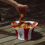 KFC bucket hoed