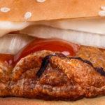 Burger King verkoopt burger met frikandellen
