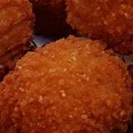 Kip bitterbal en croquette geïntroduceerd door Oma Bobs