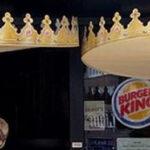 Bezoekers van Duitse Burger King houden afstand met enorme kronen