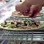 Domino's Pizza live meekijken