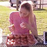 Nela Zisser 50 donuts