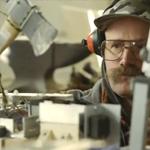 Natuurkundige maakt machine om Oreo koekjes te splitsen