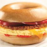 De Sriracha Egg Sandwich is een plaatje